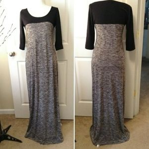 MAX EDITION gray and black maxi sweater dress